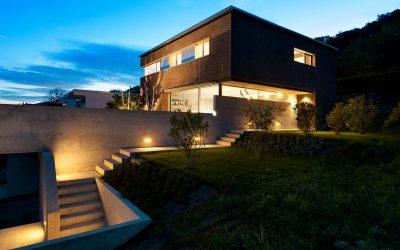 Comparatif des meilleurs éclairages extérieurs avec détecteur de mouvements