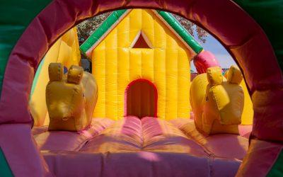 Guide complet du château gonflable : avis et comparatif